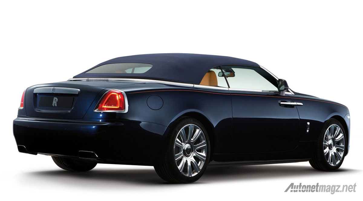 rolls-royce-dawn-rear