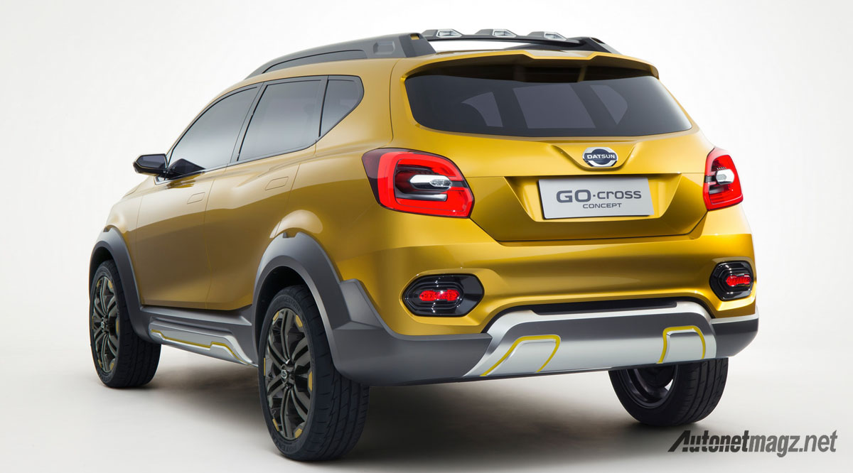 datsun go-cross rear