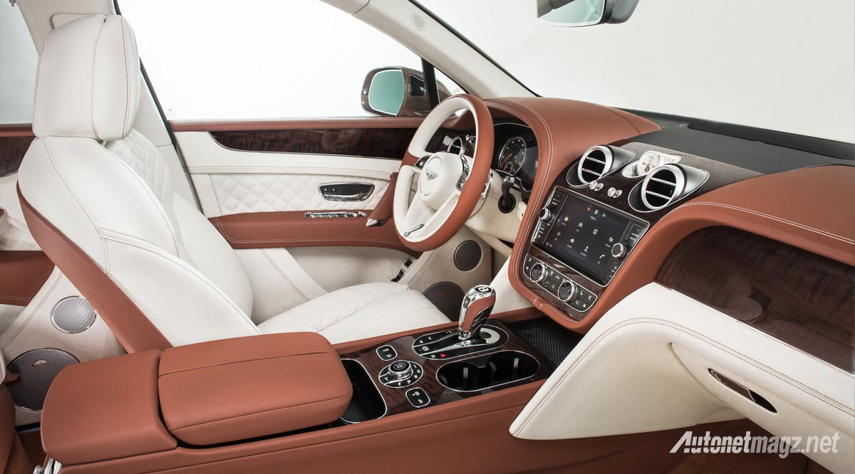 interior-bentley-bentayga