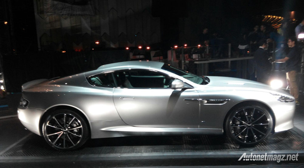 aston martin db9 gt bond edition side