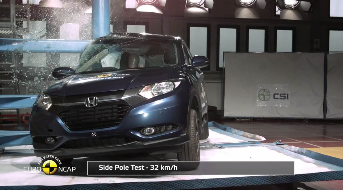honda hr-v side pole crash test