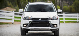 mitsubishi outlander sport facelift wallpaper