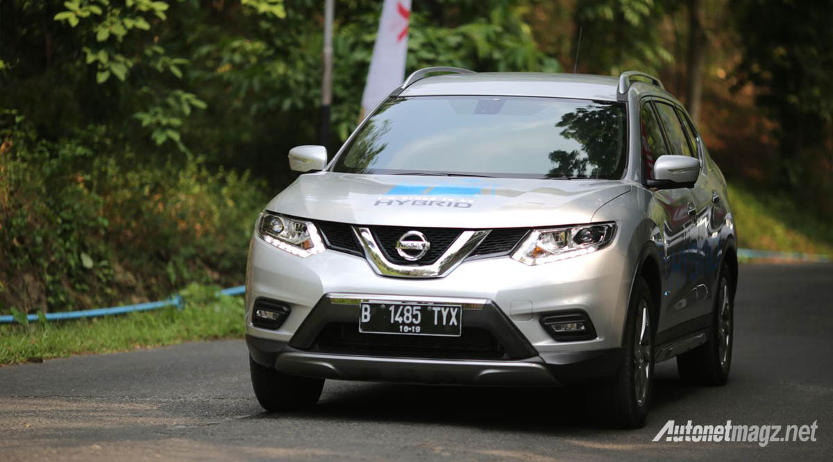 nissan x trail hybrid front
