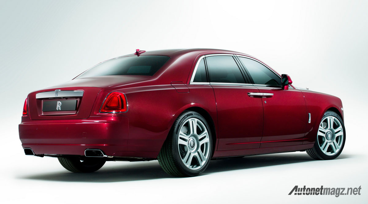 rolls royce ghost back