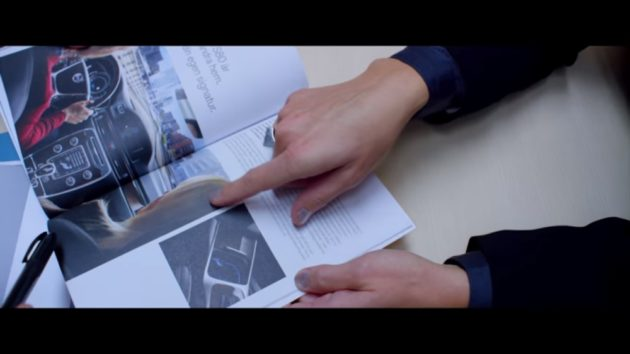 volvo-microsoft-hololens-for-dealer-bespoke