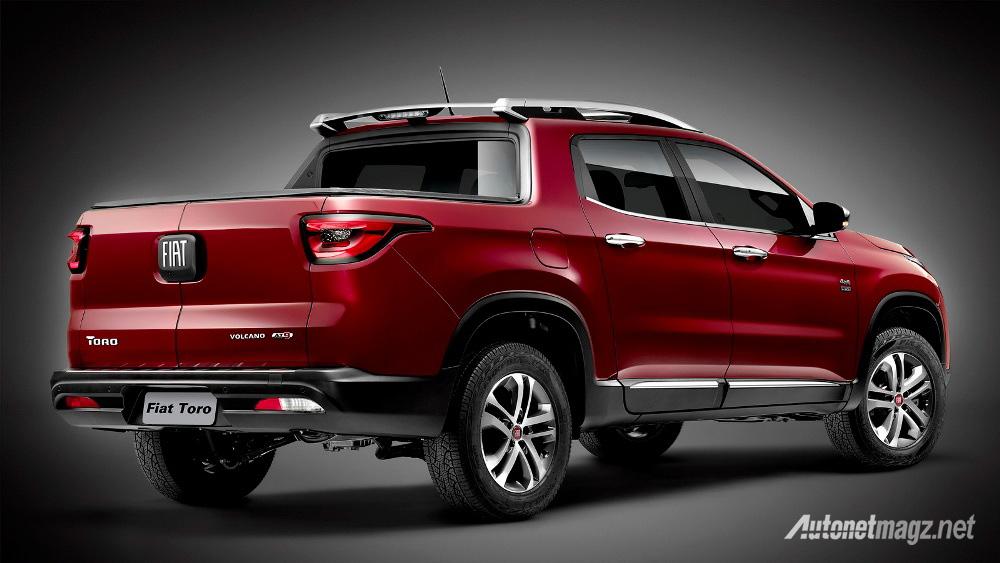 Fiat-Toro-2016-rear