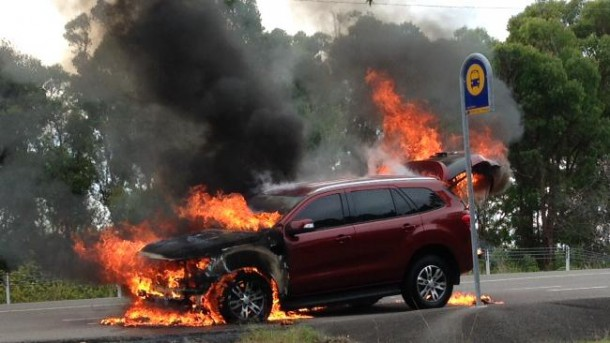Ford Everest Kebakar