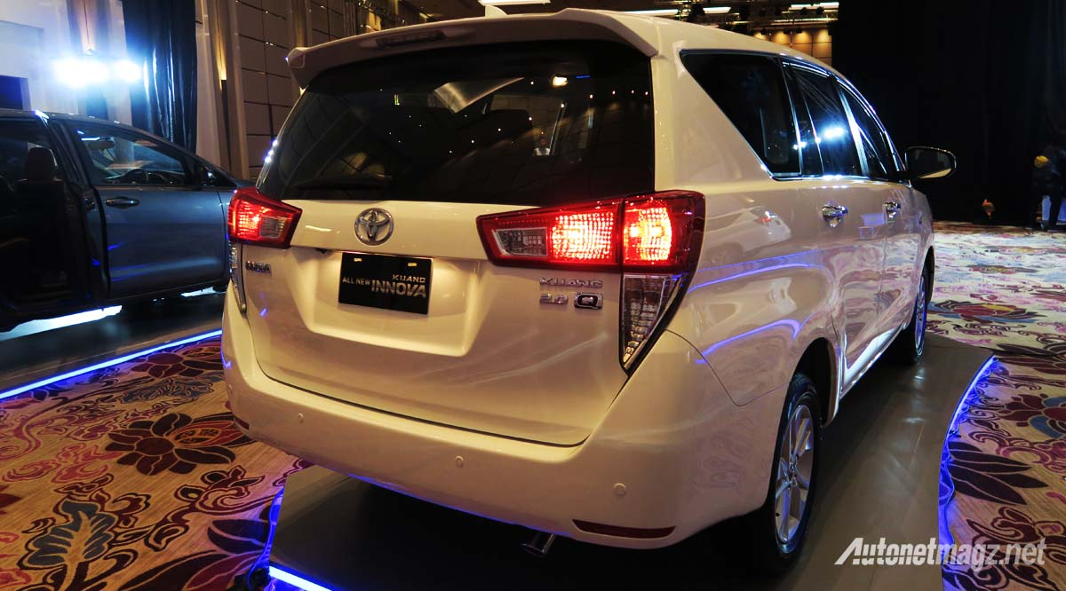 all new toyota kijang innova rear