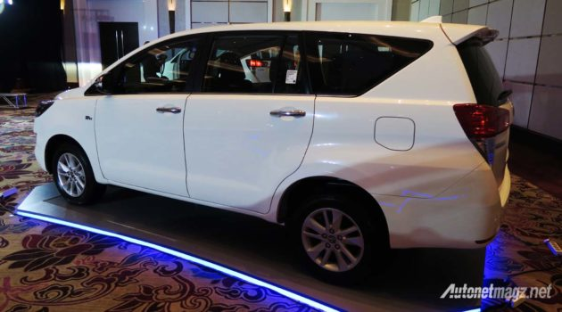 all new toyota kijang innova side