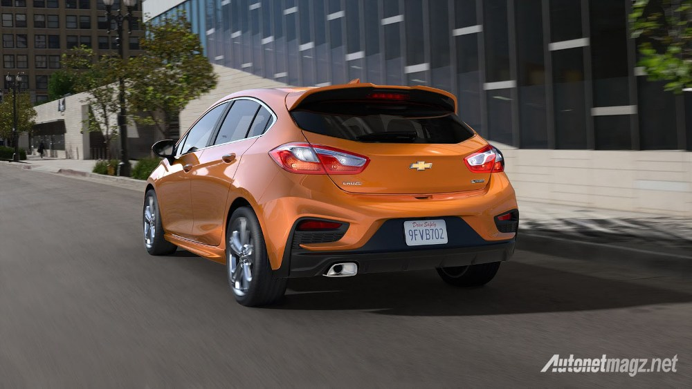 Chevrolet-Cruze-2017-Hatchback-back
