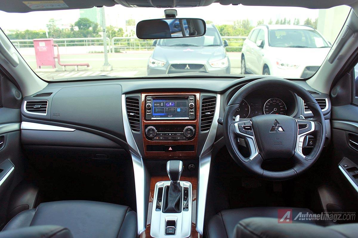Dashboard Pajero Sport baru 2016