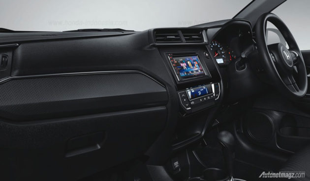 Honda-Mobilio-RS-Facelift-2016-Interior