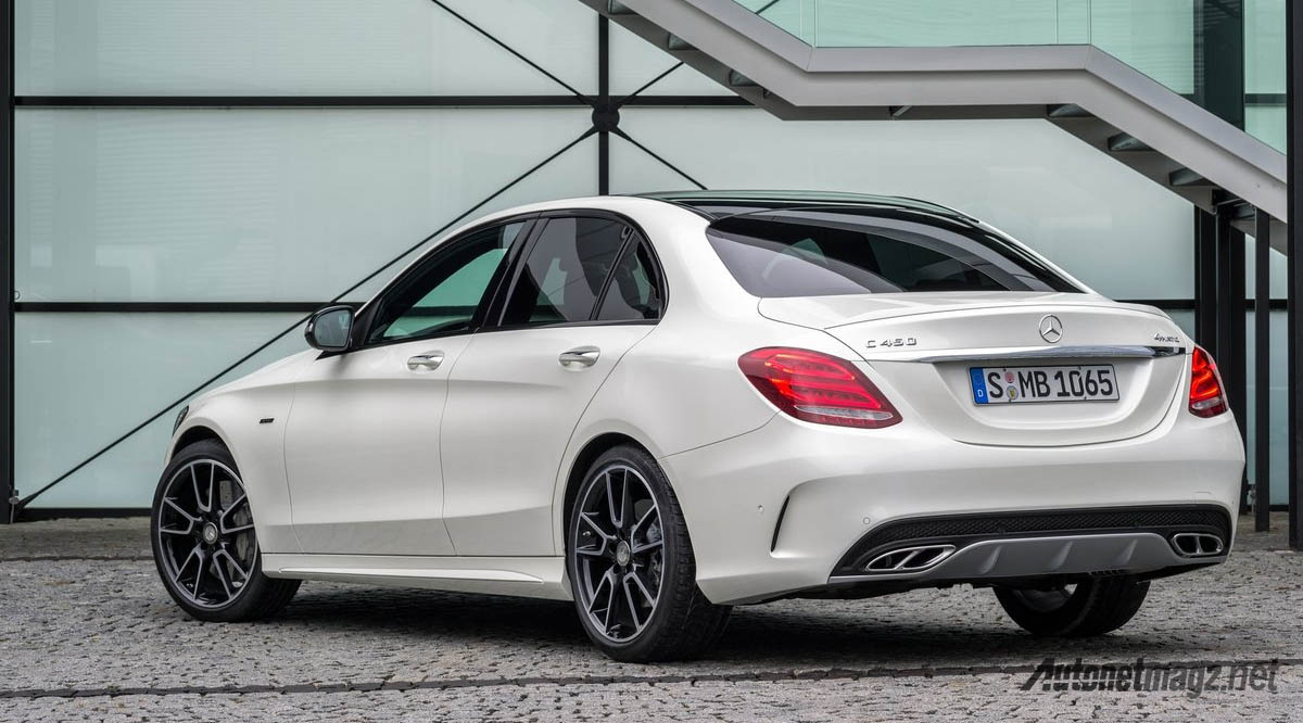 Mercedes benz siap rilis c43 amg dan c class convertible for Mercedes benz c43 amg
