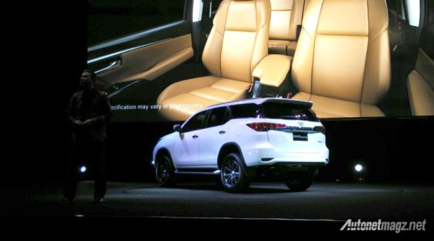 toyota-all-new-fortuner-2016-back