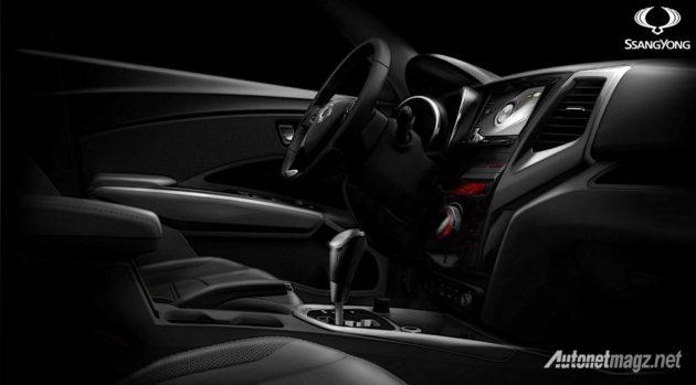 Ssang-Yong-XLV-7seater-teaser-interior