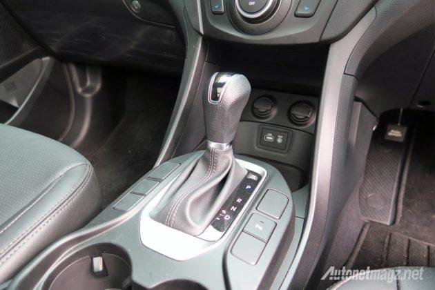 Tuas transmisi Hyundai Santa Fe 2016