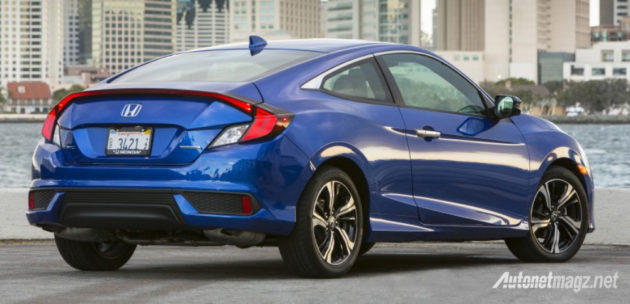 honda-civic-coupe-2016-rear