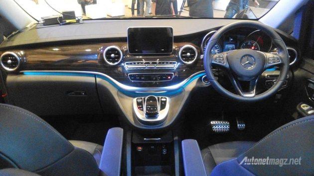 Dashboard navigasi Mercedes-Benz V Class 2016