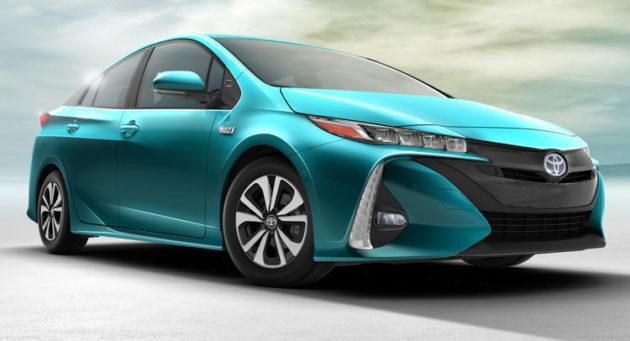 Toyota-Prius-PHEV-2017