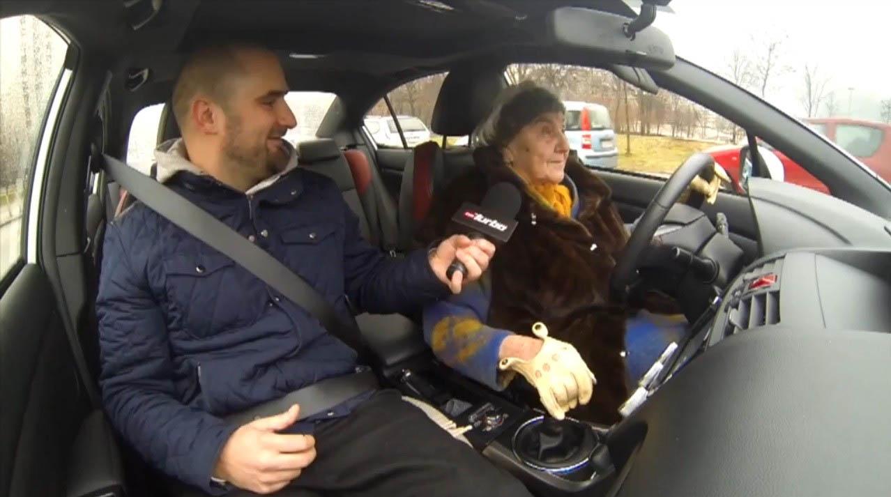 nenek mengendarai subaru wrx sti