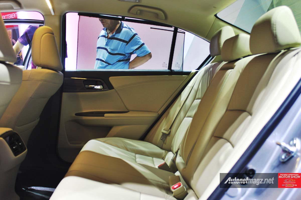 honda accord facelift indonesia iims 2016 rear seat