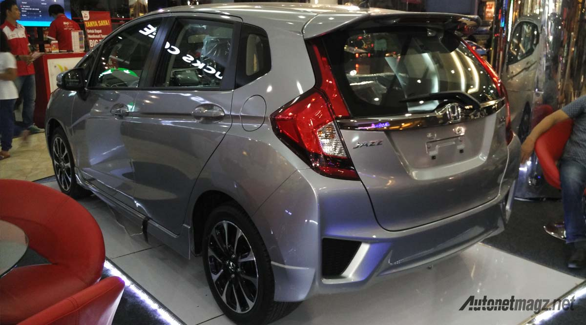 honda jazz minor change 2016 rear