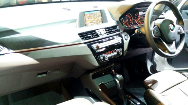 Interior-BMW-X1-Indonesia-2016