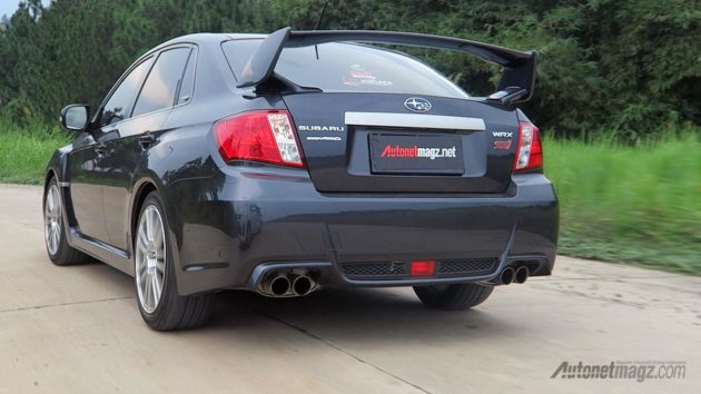 Review Subaru WRX STi Indonesia