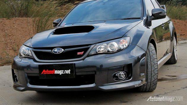 Subaru WRX STi 4 doors sedan front