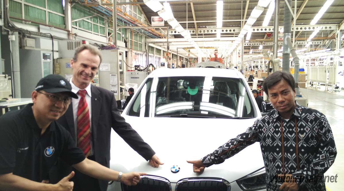 proses perakitan final bmw x1 indonesia