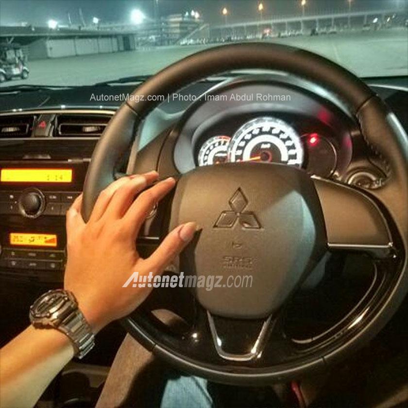 Interior Mitsubishi Mirage baru facelift 2016