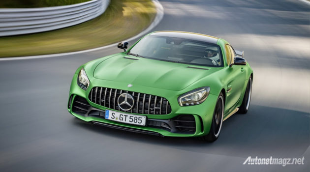 Mercedes-AMG-GT-R-2016-front-grille