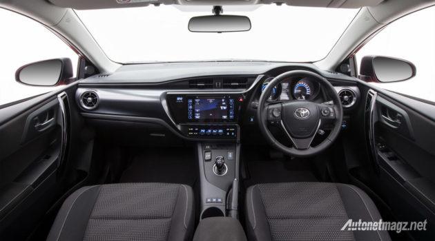 toyota-corolla-hybrid-2016-australia-interior