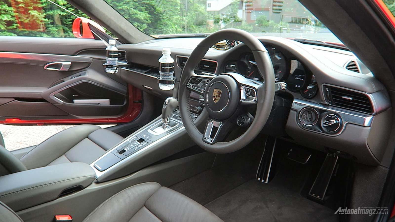 Porsche 911 carrera interior