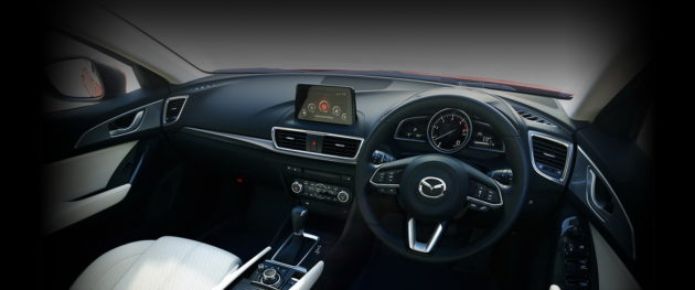 Mazda3 facelift 2017 interior