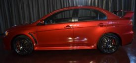 Mitsubishi Lancer Evolution X Final Edition red interior