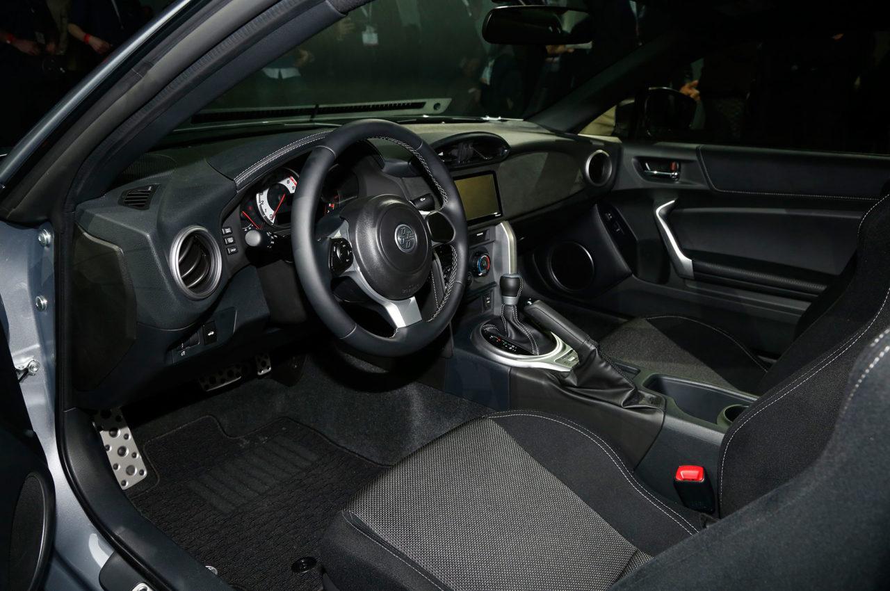 Mobil Baru, 2017-Toyota-86-cabin: Toyota 86 Facelift Diluncurkan di Amerika !
