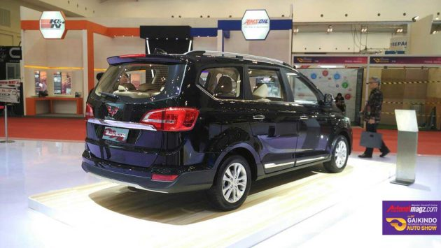 MPV murah China Wuling