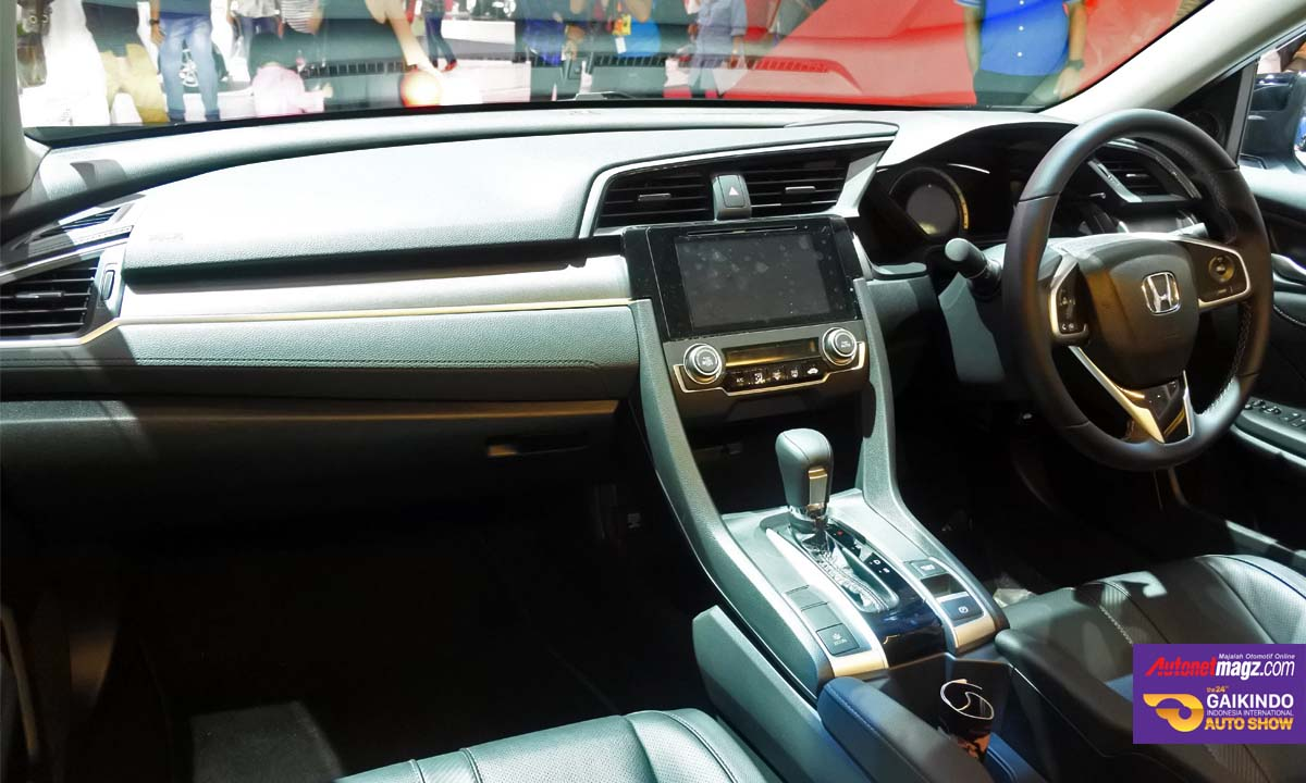 honda civic turbo prestige interior GIIAS 2016