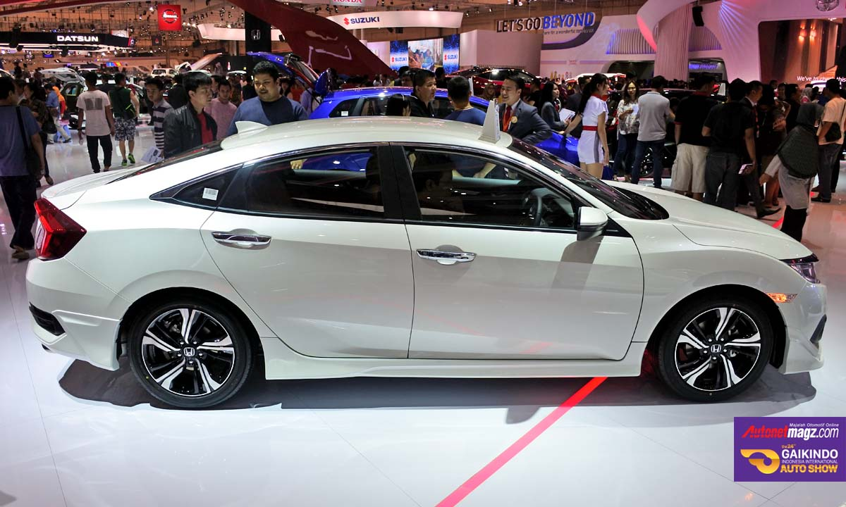 honda civic turbo prestige side GIIAS 2016