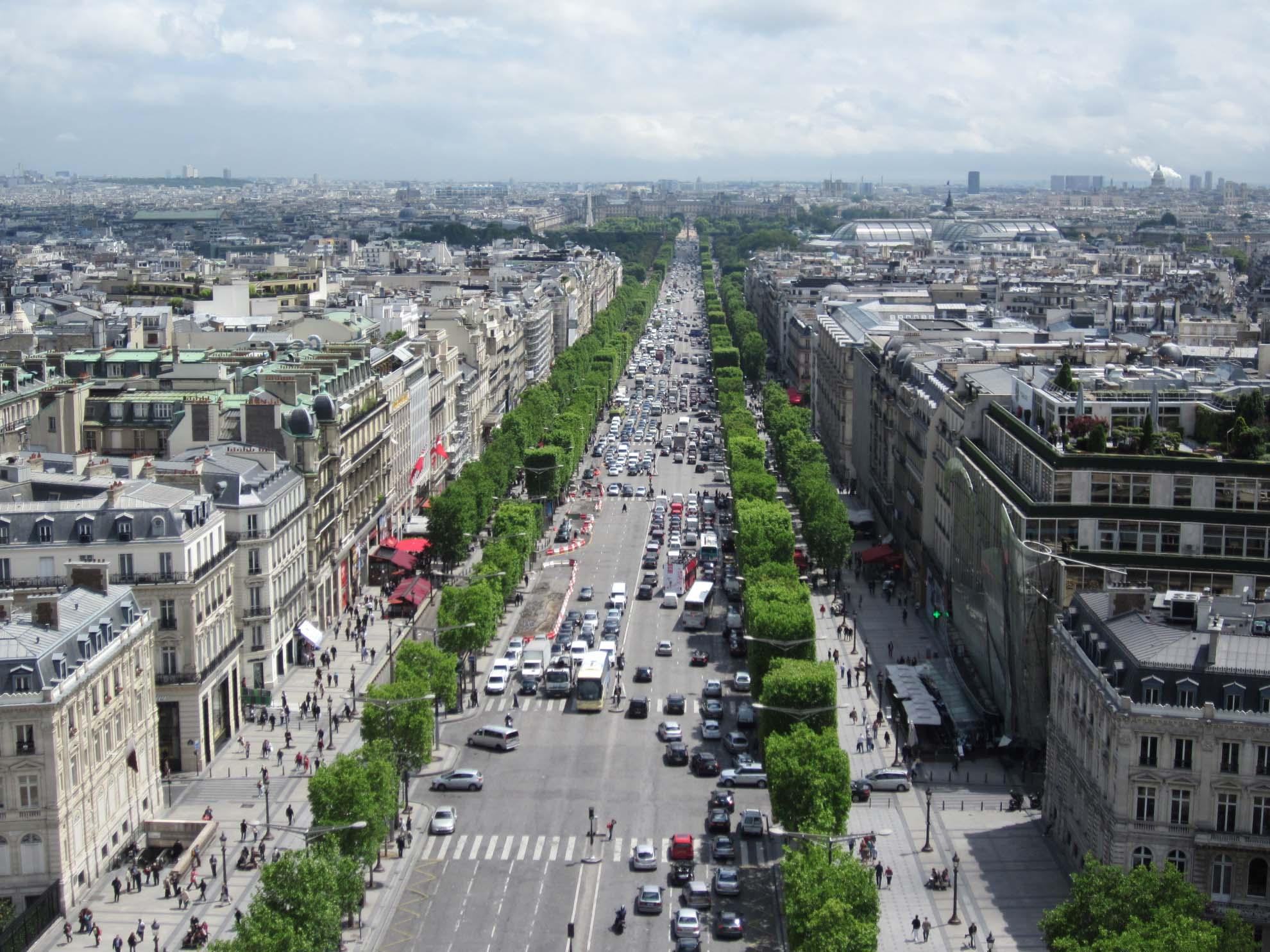 lalu lintas di paris