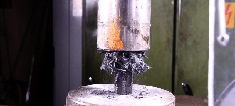 penghancuran carbon fiber