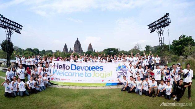 Anggota komunitas otomotif Honda HRV Devotee Indonesia saat ulang tahun ke 1 pertama di Jogja