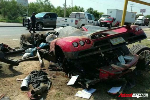 Koenigsegg-CCX-crashh