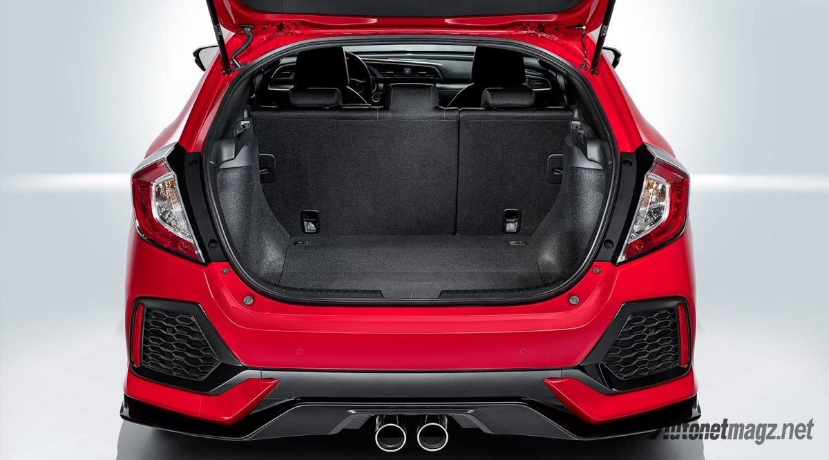 honda-civic-hatchback-2017-boot-space