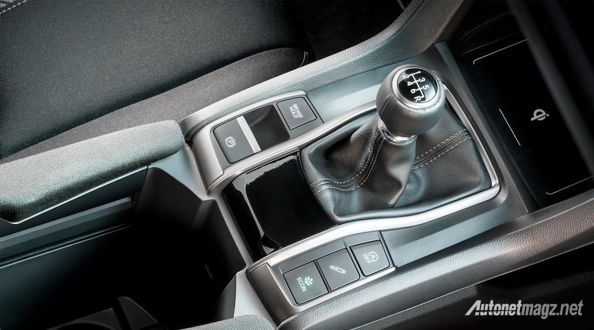 honda-civic-hatchback-2017-features