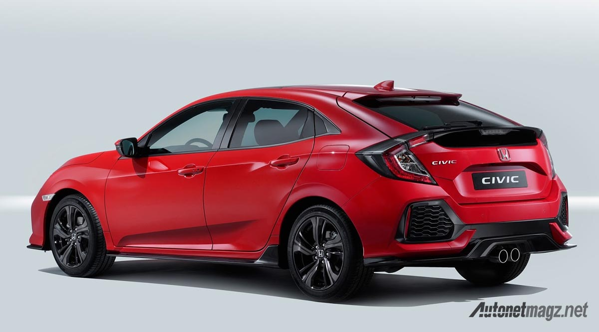 honda-civic-hatchback-2017-rear