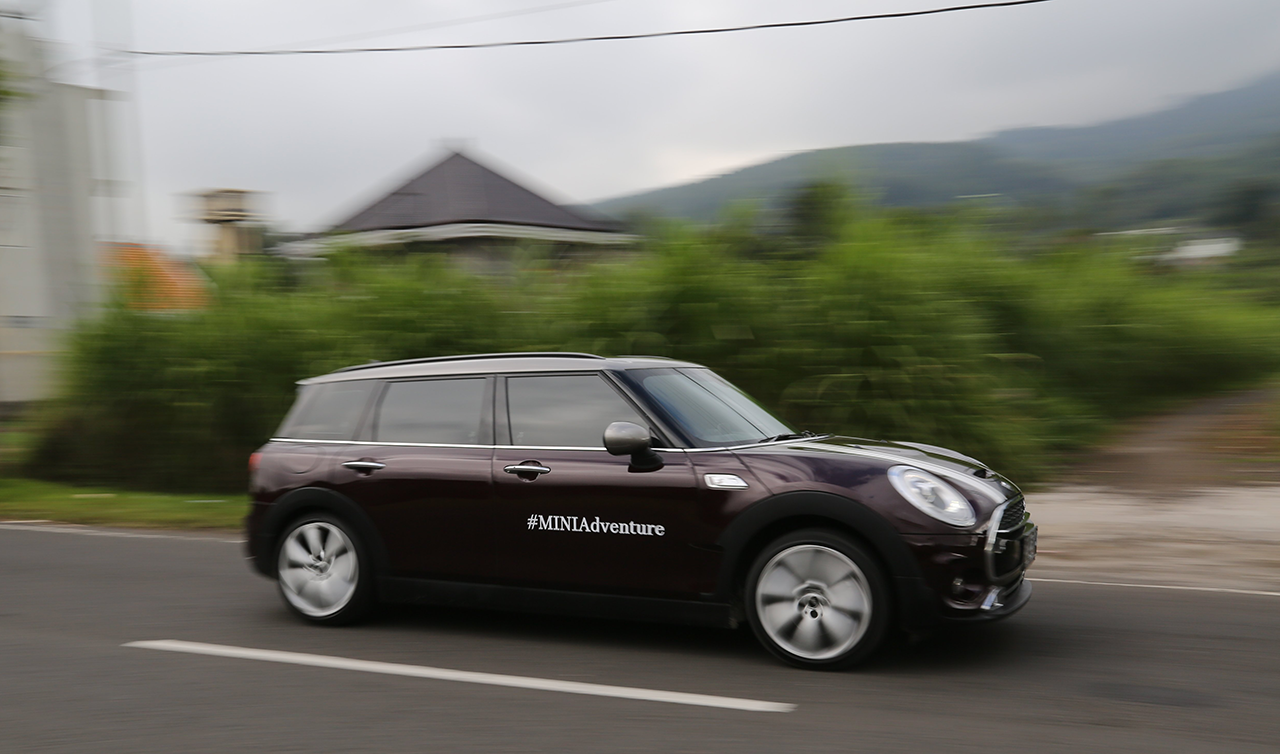 Mini, mini-clubman-test-drive: Review Mini Cooper S Clubman : Need Extra Space?