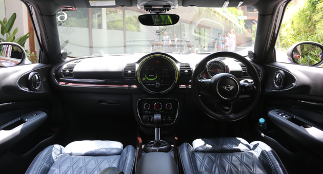 mini-cooper-s-clubman-test-drive-interior