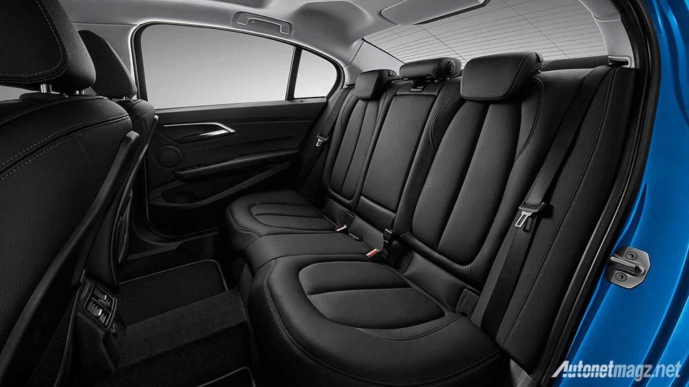 BMW, bmw-1-series-sedan-rear-cabin: BMW 1-Series Sedan, Akhirnya 1-Series Jadi Makin Kece